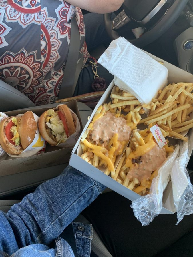 Food Review: In-N-Out vs. All Other Burgers