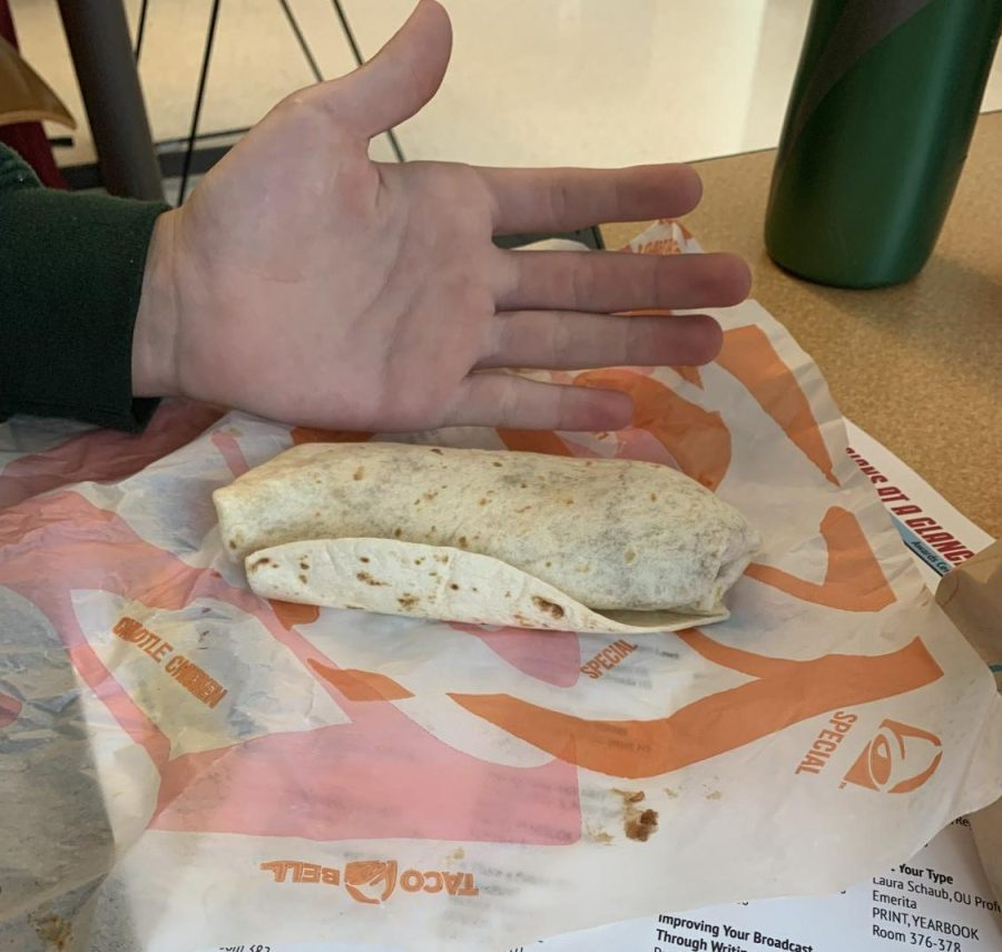 Food Review: The Del Taco vs. Taco Bell Throw-down