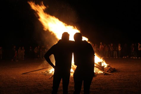 Homecoming Week Continues With Parade and Bonfire